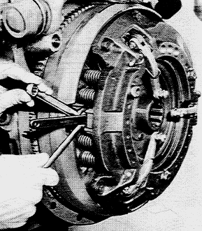 Massey Ferguson | Pressure Plate Settings